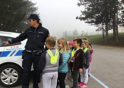 Policist na obisku (4)