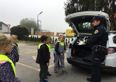 Policist na obisku (42)