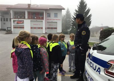Policist na obisku (6)
