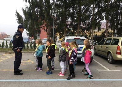 Policist na obisku (8)